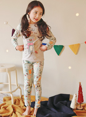 """<font color=#8e5b69><font color=#8c4458>*</font> JKIDS 2016 F / W *</font> <br> I love dressing gown <br> <font color=""""#9f9f9f"""">♡ ♡ Cute Character printing <br> A relaxing day!</font> <br> <font color=""""#a84c59""""><b>* SALE *</b> <br> <strike>₩ 11,900</strike> -> ₩ 6,900</font>"""