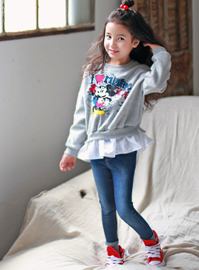 """<font color=#8e5b69><font color=#8c4458>*</font> JKIDS 2016 F / W *</font> <br> Love Mini Ruffle One on one <br> <font color=""""#9f9f9f"""">Points ruffles * * geolriswi <br> * * Cute, cute, the character printing</font>"""
