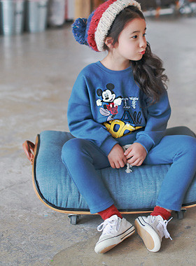 """<font color=#8e5b69><font color=#8c4458>*</font> JKIDS 2016 F / W *</font> <br> Good Mickey brushed down SET <br> <font color=""""#9f9f9f"""">* Wanso bottom set * <br> * Warm napping lining *</font>"""