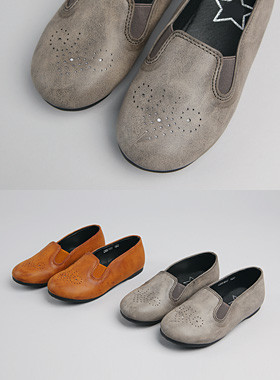 <font color=#8e5b69>* JKIDS 2016 *</font> <br> Perforated Leather Slip-ons