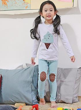 """<font color=#8e5b69><font color=#8c4458>*</font> JKIDS 2016 F / W *</font> <br> Dressing gowns for children Scone <br> <font color=""""#9f9f9f"""">* * Ice daldal <br> * * Pert as a patch point</font> <br> <font color=""""#a84c59""""><b>* SALE *</b></font>"""