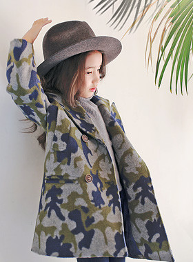 "<font color=#8e5b69><font color=#8c4458>*</font> JKIDS 2016 F / W *</font> <br> Kamo double coat <br> <font color=""#9f9f9f"">* * Military look <br> * Stylish overfit! *</font>"