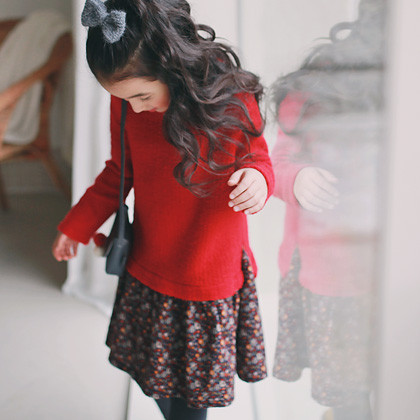 "<font color=#8e5b69><font color=#8c4458>*</font> JKIDS 2016 F / W *</font> <br> Lynn Avon knitted dress <br> <font color=""#9f9f9f"">Shah Lala ~ ♡ ♡ flare line <br> Unique layered type!</font>"