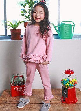 "<font color=#b784c6><font color=#c498d1>*</font> JKIDS 2016 S / S *</font> <br> Ruffles down SET <br> <font color=""#9f9f9f"">* Lovely Pink Heart ppyongppyong * <br> * Lovingly with mini ruffles *</font>"