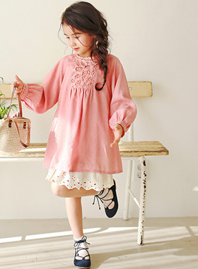 "<font color=#4bb999>* JKIDS 2017 S / S *</font> <br> One PieceSET chandelier <br> <font color=""#9f9f9f"">Long sleeve straps One Piece ♡ + ♡ <br> Romantic One Piece!</font>"