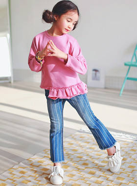 "<font color=#4bb999>* JKIDS 2017 S / S *</font> <br> Striped denim pants <br> <font color=""#9f9f9f"">* Trend is Boot cut! * <br> * stylish *</font>"