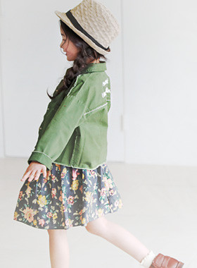 "<font color=#4bb999>* JKIDS 2017 S / S *</font> <br> Dangteu snap jacket <br> <font color=""#9f9f9f"">♡ ♡ hundred points embroidery detail <br> Vintage frayed cut!</font>"