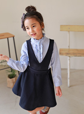 "<font color=#4bb999>* JKIDS 2017 S / S *</font> <br> Wink Blanc One PieceSET <br> <font color=""#9f9f9f"">♡ ♡ shirt + One Piece Set <br> Coordinating special day complete!</font>"