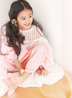 "<font color=#4bb999>* JKIDS 2017 S / S *</font> <br> Ilya pajamas SET <br> <font color=""#9f9f9f"">* * Will cross lovely <br> * lovely * 0 shares pajamas</font>"