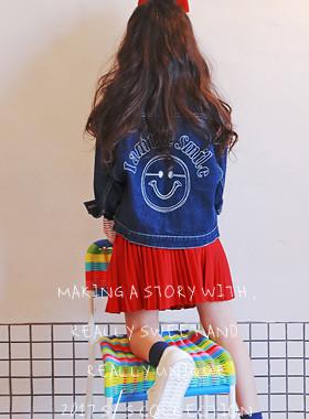 """<font color=#4bb999>* JKIDS 2017 S / S *</font> <br> Miles embroidery denim jacket <br> <font color=""""#9f9f9f"""">♡ ♡ ganjeolgi kkultem <br> Jincheng tidy!</font>"""