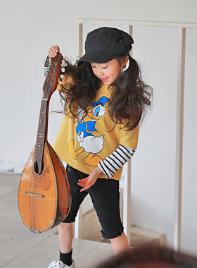 "<font color=#4bb999>* JKIDS 2017 S / S *</font> <br> Layered deokti <br> <font color=""#9f9f9f"">♡ ♡ wearing out practical handeut <br> Adorable opposite Donald Duck printing!</font>"