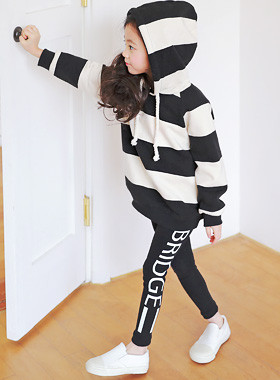 "<font color=#4bb999>* JKIDS 2017 S / S *</font> <br> Bridge leggings <br> <font color=""#9f9f9f"">♡ ♡ pop Points <br> Jjangjjanghan stretch!</font>"