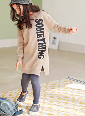 "<font color=#4bb999>* JKIDS 2017 S / S *</font> <br> Thumb One on one One Piece <br> <font color=""#9f9f9f"">* Simple tidy trendy look * <br> * One on one type of One Piece *</font>"
