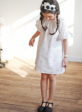 "<font color=#4bb999>* JKIDS 2017 S / S *</font> <br> Juliet Wing Dress <br> <font color=""#9f9f9f"">♡ Lovely Wing sleeve ♡ <br> Cute Dot!</font>"