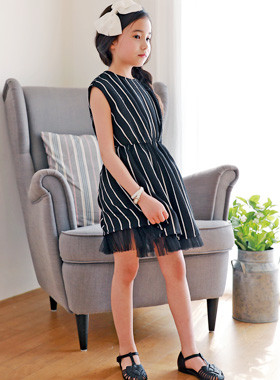 """<font color=#4bb999>* JKIDS 2017 S / S *</font> <br> Off resong Dress <br> <font color=""""#9f9f9f"""">* Chic Black Stripe * <br> * Daily simkung to look *</font>"""
