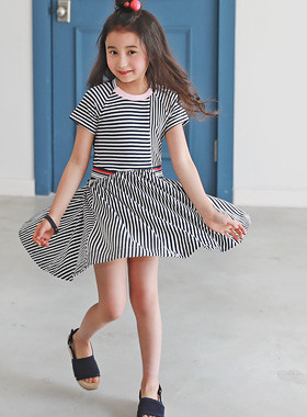 "<font color=#4bb999>* JKIDS 2017 S / S *</font> <br> Blanchu Dress <br> <font color=""#9f9f9f"">* Wearing a beautiful moment wearing! * <br> * Charming plump unique dress *</font>"