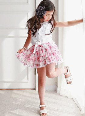 "<font color=#4bb999>* JKIDS 2017 S / S *</font> <br> Rosly skirt <br> <font color=""#9f9f9f"">♡ Pretty Silhouette ♡ <br> Princess Chasuetta popular!</font>"