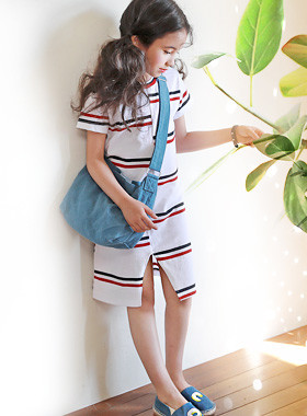 "Unblock slit dress <br> <font color=""#9f9f9f"">♡ Stylish Stripe ♡ <br> Stylish front!</font>"