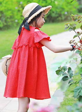 "<font color=#4bb999>* JKIDS 2017 S / S *</font> <br> Merci Dress <br> <font color=""#9f9f9f"">♡ My hot shoulder ♡ <br> Very red color in the eyes!</font>"