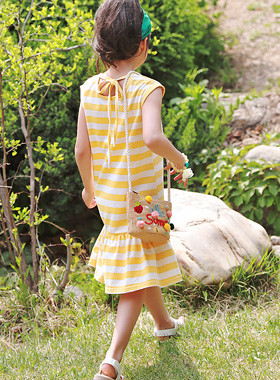 "<font color=#4bb999>* JKIDS 2017 S / S *</font> <br> Amité frilly dress <br> <font color=""#9f9f9f"">* A good balbal potent feeling * <br> * Charming popping daily look *</font>"