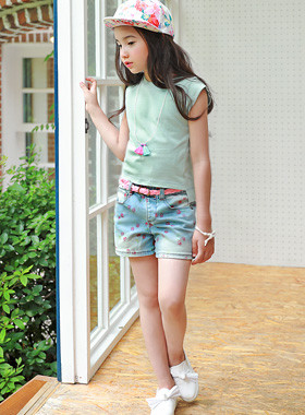 "<font color=#4bb999>* JKIDS 2017 S / S *</font> <br> MULLY denim pants SET (belt set) <br> <font color=""#9f9f9f"">♡ Pink Belt Set ♡ <br> Great chic cherry printing!</font>"