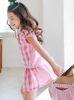 "<font color=#4bb999>* JKIDS 2017 S / S *</font> <br> Pinky check up and down SET <br> <font color=""#9f9f9f"">♡ Lovely pink check ♡ <br> Pleasant cotton material!</font>"