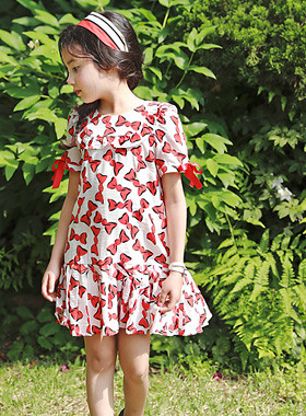 "<font color=#4bb999>* JKIDS 2017 S / S *</font> <br> Ribboni Dress <br> <font color=""#9f9f9f"">♡ Lovely ribbon decoration ♡ <br> Cool and lightweight fabrics Chalang!</font>"