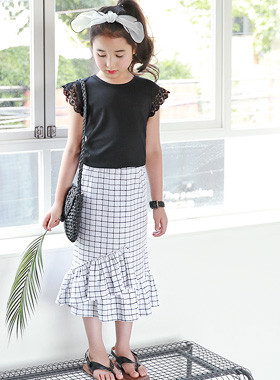 "<font color=#4bb999>* JKIDS 2017 S / S *</font> <br> Glam Long Skirt <br> <font color=""#9f9f9f"">♡ Attractive Wave Fit ♡ <br> Skirt ruffle hem!</font>"