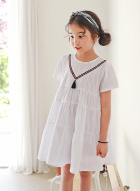 "<font color=#4bb999>* JKIDS 2017 S / S *</font> <br> Amber tassel dress <br> <font color=""#9f9f9f"">♡ Shalala ~ Girl Sensation ♡ <br> Unique embroidery key point!</font>"