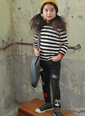 "<font color=#edb200>* JKIDS 2017 F ​​/ W *</font> <br> Halo patch skinny <br> <font color=""#9f9f9f"">* Cute denim pants * <br> * I want to wear every day ♥ *</font>"