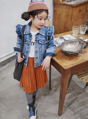 "<font color=#edb200>* JKIDS 2017 F ​​/ W *</font> <br> Bloom ruffle denim jacket <br> <font color=""#9f9f9f"">♡ Frilly Wing Design ♡ <br> Lovely denim jacket!</font>"