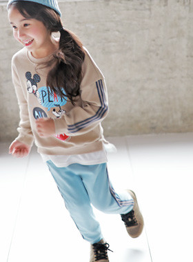 """<font color=#edb200>* JKIDS 2017 F / W *</font> <br> Play down SET <br> <font color=""""#9f9f9f"""">* styleUP! layered look * <br> * To be beautiful even if you wear comfortably *</font>"""