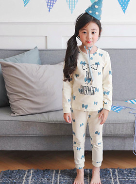 "<font color=#edb200>* JKIDS 2017 F ​​/ W *</font> <br> Hero dressing gown <br> <font color=""#9f9f9f"">♡ Feel good to wear ♡ <br> Lovely butterfly pattern!</font>"
