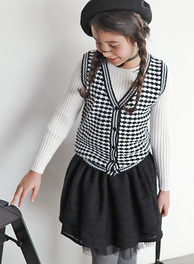 "<font color=#edb200>* JKIDS 2017 F ​​/ W *</font> <br> Knit Vest Skirt SET <br> <font color=""#9f9f9f"">♡ One-seater three-piece set ♡ <br> This winter is warm</font>"