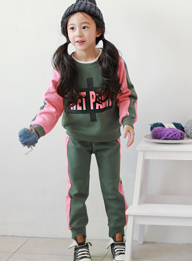 "* JKIDS 2017 F ​​/ W * <br> D & D SET <br> ♡ SET ♡ pretty good color <font color=""#9f9f9f""><br></font> Recommended for unmarried men and women look!"