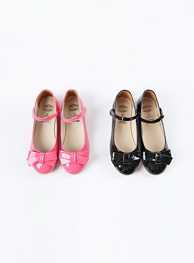 * JKIDS 2017 * <br> Pinwheel Flat Shoes