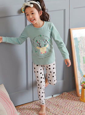 "Dolph dressing gown <br> <font color=""#9f9f9f"">* Creamy Rudolph * <br> * It's full of style at home! *</font>"