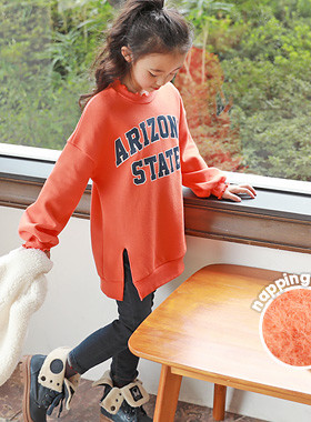 """<font color=#edb200>* JKIDS 2017 F / W *</font> <br> Arizona brushed long man-to-man <br> <font color=""""#9f9f9f"""">♡ Neckline, Lovely Lovely Frill ♡ <br> Warm warm ~ napping lining!</font>"""