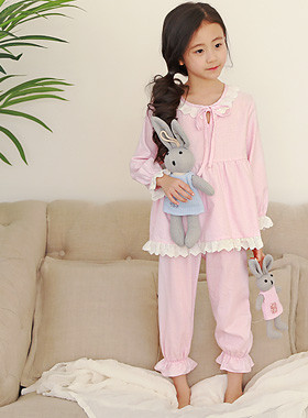 "POSITION SET <br> <font color=""#9f9f9f"">* Pink Pink Romantic Race * <br> * Lovely girl pajama set *</font>"