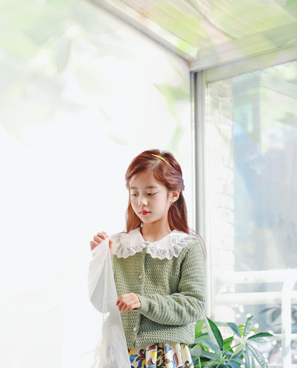 "Lime knit cardigan <br> <font color=""#9f9f9f"">* Chun Soon Chun Charm 吹 っ * <br> * Lovely cardigan with snacks *</font>"
