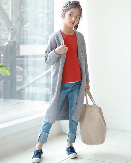 """Margaret Long Cardigan <br> <font color=""""#9f9f9f"""">* You can feel like you are not in the air! * <br> * Essential items for the season *</font>"""
