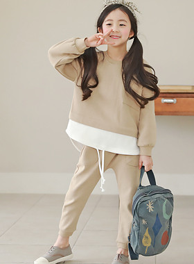 """SET Up and Down the Laying Up <br> <font color=""""#9f9f9f"""">♡ Trendy layered style ♡ <br> * Even plump children are fashionable! *</font>"""
