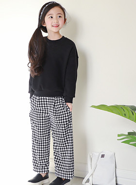 "Hands up and down SET <br> <font color=""#9f9f9f"">♡ Trendy Hound Tooth Pattern Pants ♡ <br> * Indoors + Outside wherever fashionable! *</font>"