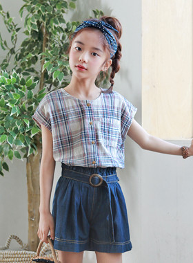 "Sunny check blouse <br> <font color=""#9f9f9f"">♡ Check always worn ♡ <br> Recommend with a sense of look at the sibling!</font>"
