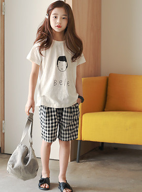 """BELLE up and down SET <br> <font color=""""#9f9f9f"""">♡ T-shirt + check pants set ♡ <br> Comfortable and well-behaved top and bottom!</font>"""