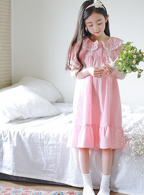 "Beautiful Girl Pajama Dress <br> <font color=""#9f9f9f"">* A beautiful sister sleeping with honey * <br> Romantic Gorgeous Pajama Dress</font>"