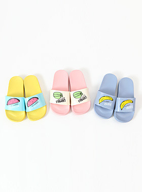 "Fruit slippers <br> <font color=""#a84c59"">* Please order one size larger * <br></font>"