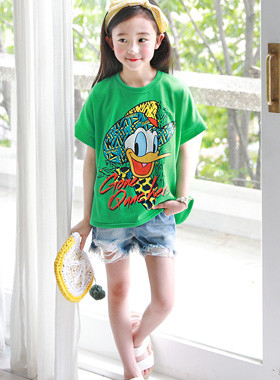 "Cowboy Unboxed Tee <br> <font color=""#9f9f9f"">♡ Fresh green color ♡ <br> The Donald Duck character is a sophisticated atmosphere !!</font>"