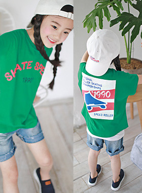 "Skate round tee <br> <font color=""#9f9f9f"">* Fresh Vivid Green Color * <br> Vintage illustration printing</font>"