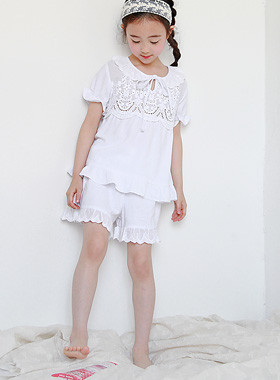 """Doile Pajama SET <br> <font color=""""#9f9f9f"""">* Punching lace with pleasure * <br> Bright at home!</font>"""